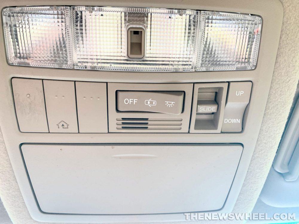 How To Pair Your Garage Door Opener To Your Car The News Wheel
