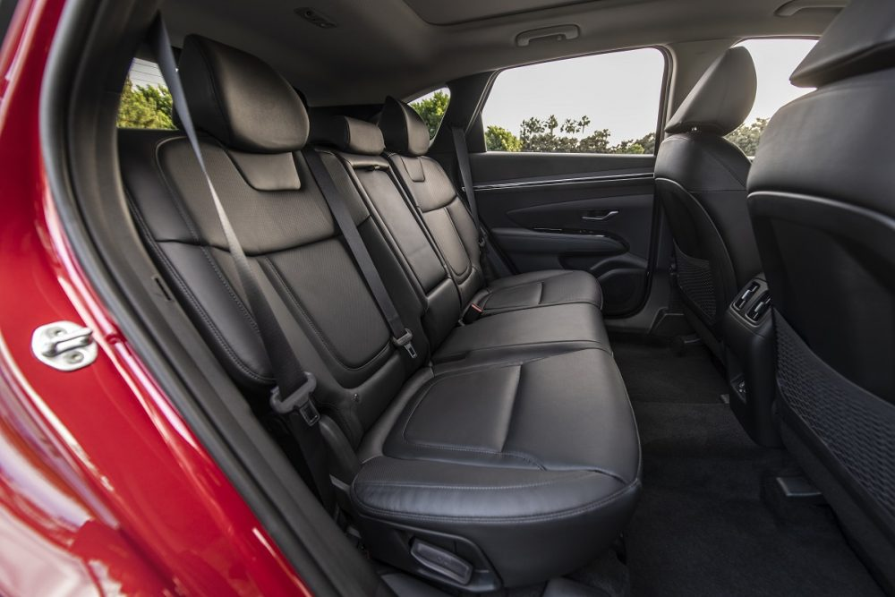 Side view of 2022 Hyundai Tucson second row