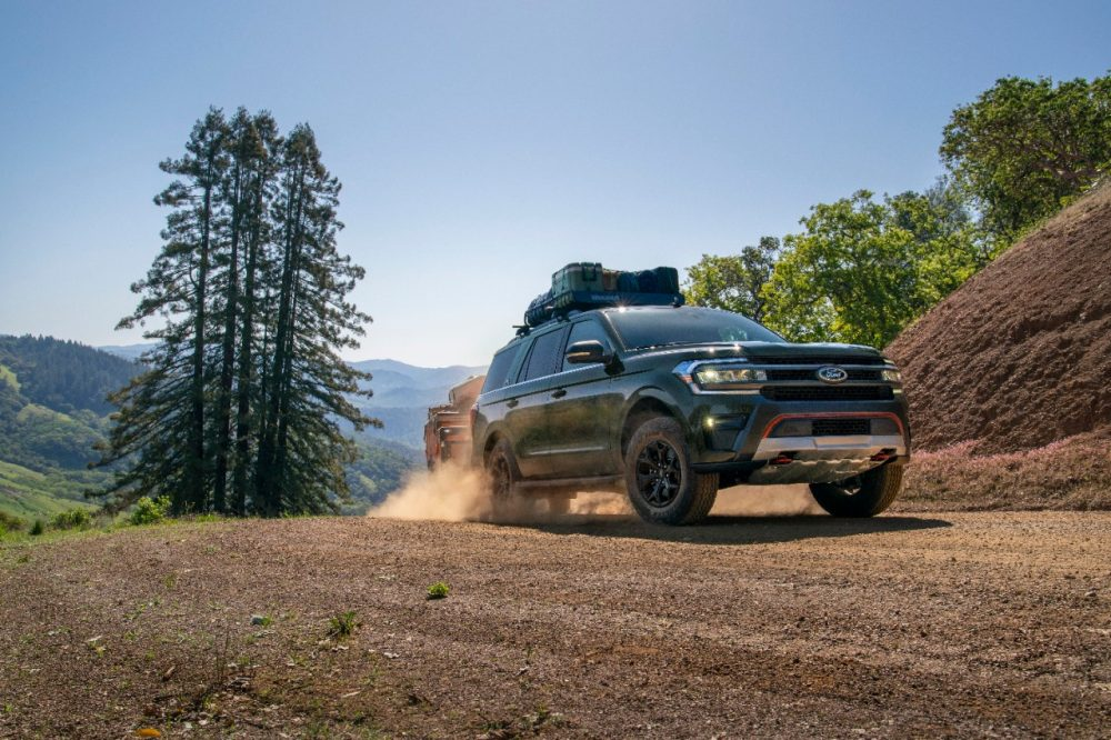 2022 Ford Expedition Timberline kicking up dust on a trail