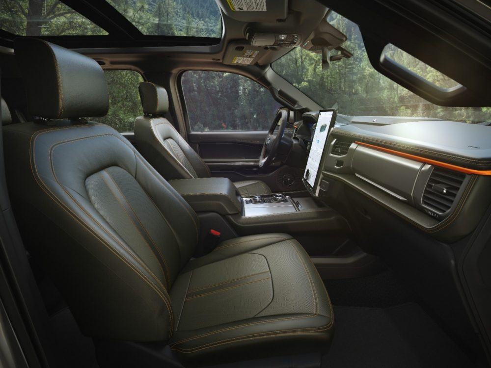 2022 Ford Expedition Timberline seats